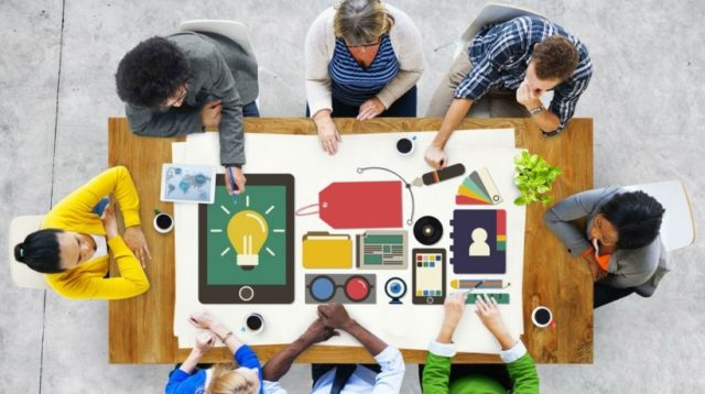 7-unexpected-ways-to-integrate-branding-in-elearning-e1450364063321