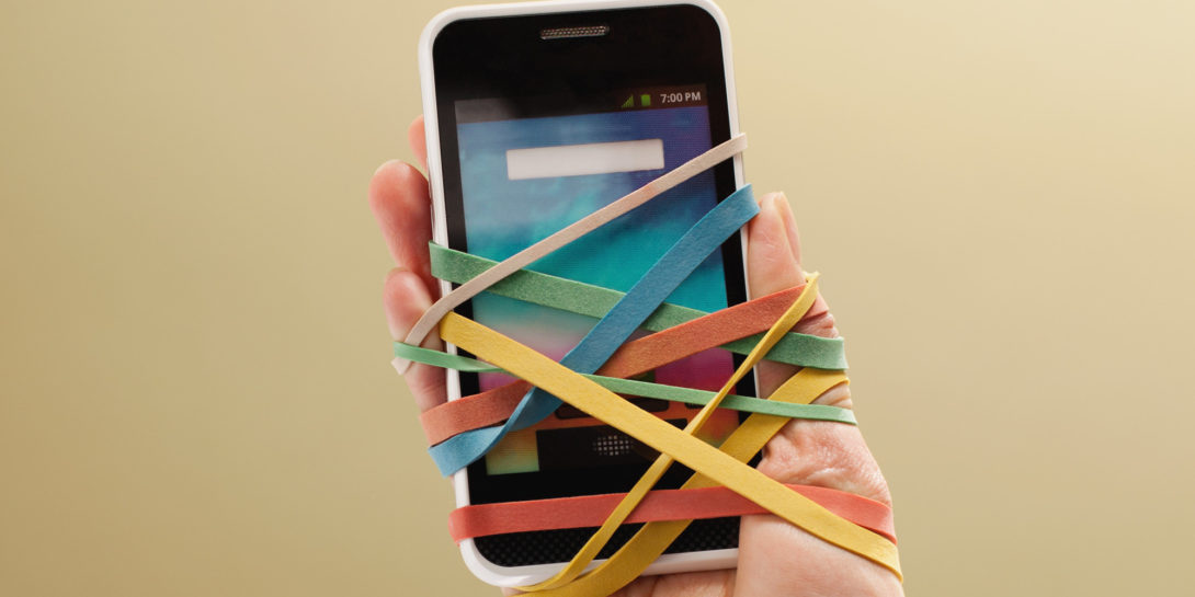 7 Signs Your Addicted To Your Phone